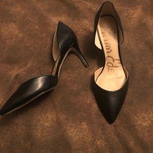 Gorgeous Black pumps!!!